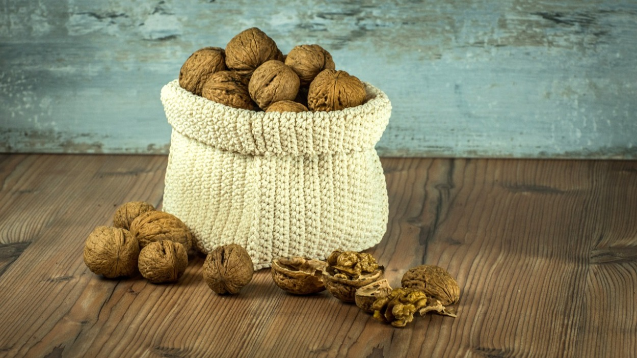 walnuts in bag