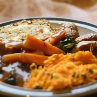 Festive Gluten-free Nutroast with Paneer